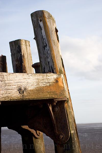 Old pier details 6