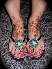 Carolyn's feet with fancy flip-flops (HennaLounge) Tags: gulf pedicure henna mehndi khalijee