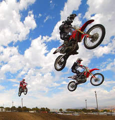 triple triple 408MX (buffalo_jbs01) Tags: alex honda jump motorcycle dirtbike d200 motocross mx sbr 408mx 408mxcom