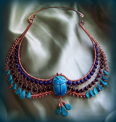 """Nefertari"" Egyptian wire wrap collar (Embellishment Queen) Tags: wings hammered theatre jewelry turquiose egyptian collar forged lapis scarab garnet rhodolitegarnet wirework wirewrap teamwireartisans"