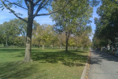Victory Memorial Parkway Looking North along Xerxes