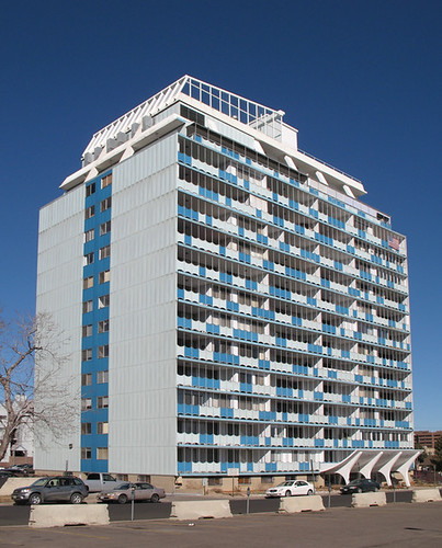 Denver_ModApartment_Bldg_IMG_2607z