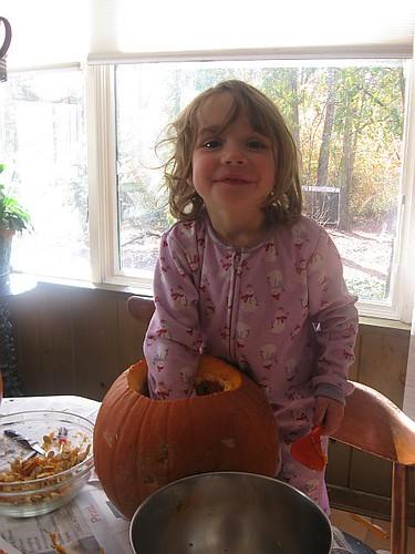 PumpkinCarve-09-2