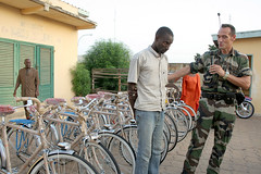 Fatai Photorush 154 (Fatai Photorush (Another Image)) Tags: de kit aux remise soldats dmobiliss