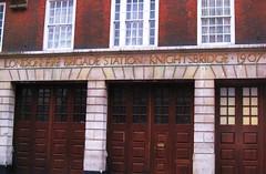 (mischaaaa) Tags: england london knightsbridge firebrigade