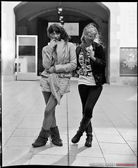 Swedish + Noir et Blanc (Sebastian.YEPES) Tags: barcelona street girls portrait people bw woman portraits noir noiretblanc sweden retrato bcn swedish photoblog portraiture rue blanc nocropping
