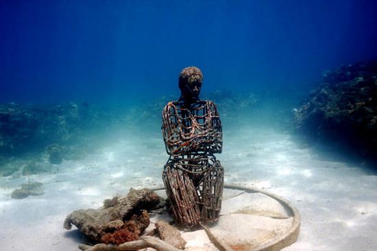 underwater-man