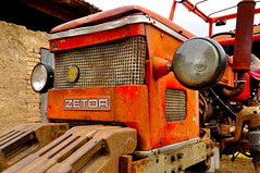 ZETOR (splaett) Tags: tractor vintage tracteur rhone farmtractor zetor materielagricole pollionnay