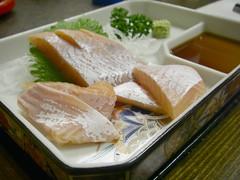 琵琶鱒の刺身