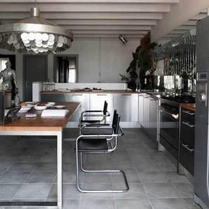 milan attic apartment2