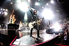 Green Day (tinnitus photography) Tags: boston dookie punkrock greenday billiejoearmstrong trecool mikedirnt tdgarden