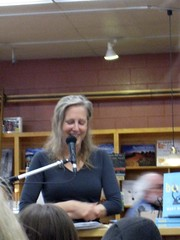 Mary Roach @ Capitola Book Cafe