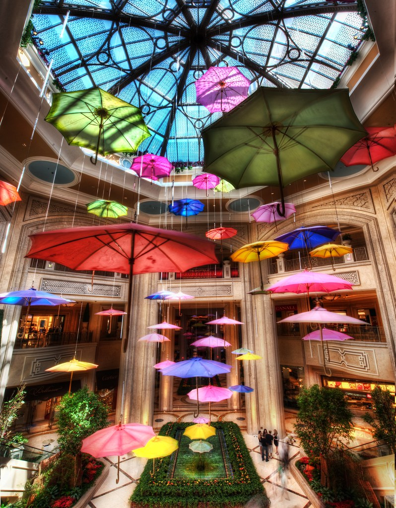 Umbrellas at the Shoppes at the Palazzo (by Stuck in Customs)