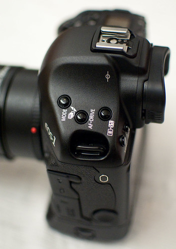 Canon 1D Mark IV -- Top View, Left