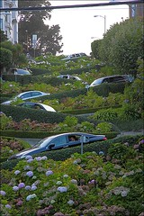 Lombard Street (loop_oh) Tags: ocean sanfrancisco california county street west cars car turn bay coast san francisco pacific bend curves cable fran serpentinen sharp pacificocean cablecar bayarea sanfran lombardst curve westcoast turns serpentine lombard frisco kalifornien lombardstreet kurve sharpturn pazifik bends kurve