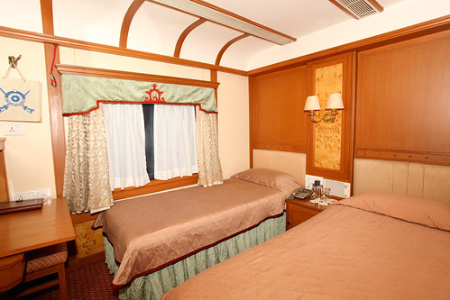 The Indian Maharaja, Deccan Odyssey - A twin bed cabin
