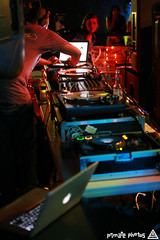 IMG_2028 (Dan Correia) Tags: reflection beer macintosh lights dj laptop mixer nightclub turntables noiseninja speakers drumnbass djmarky seratoscratch macbookpro canonef35mmf14lusm