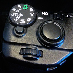 RICOH-GXR-body-04Mode_Dial
