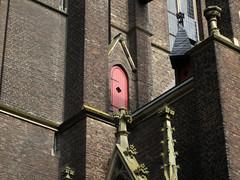 How do i get in there? (carina 10) Tags: door church germany doors porte kerk tür duitsland deur türen dør kevelaer deuren deurtje