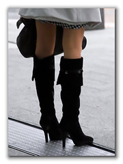 knee-high boots (x3.wolfgang) Tags: feet boot foot shoe high women shoes highheels legs boots leg sigma heels heel slings kneehighboots schuh stiefel kneehigh sd14 damenstiefel absatzstiefel