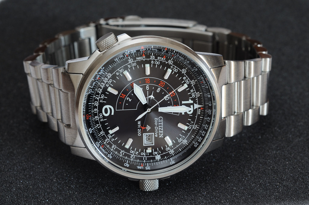 Citizen BJ7010-59E: whole front