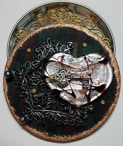 altered tin lid