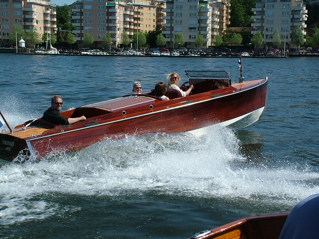 1929 Chris Craft eight passenger 22ft runabout