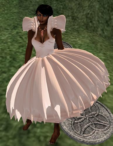 Weekend Fever LaGyo Puffy dress