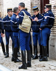 IMG_0123 R1id (bootsservice) Tags: paris boots uniforms garde cavalry weston bottes riders uniforme cavaliers cavalerie uniformes ridingboots republicaine