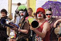 0422protest-clowns-again200