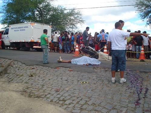 Acidentes com três vítimas fatais, neste domingo, em 16-08-09... 030 por você.