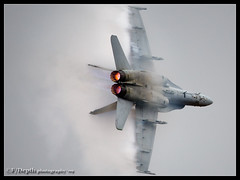 Knife Edge (F/Depth Photography) Tags: usa oregon airplane fighter military navy jet knife edge hornet rough douglas hillsboro vapor raiders hio mcdonnell afterburner fa18c vfa125 nj365 164062 0952c187