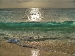 African Wave (esinuhe69) Tags: ocean africa sea sun verde green beach solar reflex sand cabo mare african wave atlantic reflected cape sole capo spiaggia oceano sabbia atlantico onda riflesso africana anawesomeshot impressedbeauty esinuhe69 oltusfotos