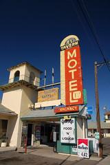 20090927 El Tavern Motel
