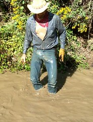 09 WS Yep, just bit excited soak'n wet in jeans (wranglerswimmer) Tags: