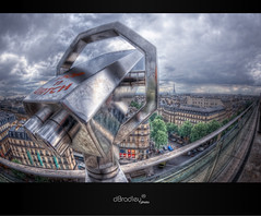 A.G. Challenge v2 - Stop'n Watch (dBradley photo) Tags: cloud paris gris nikon opera raw eiffeltower eiffel ciel toureiffel nuage hdr lunette tourisme d700 dbradley antoxiii hdr7raw oloneo agphotographe dbradleyphoto