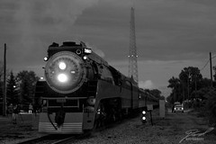 SP4449 Northbound Black & White