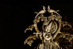 .Kṛṣṇa. (.krish.Tipirneni.) Tags: bronze canon rebel 50mm god ap idol hyderabad krishna krsna hindu hpc xsi krish hyd andhrapradesh vamsi kittu shilparamam 450d mahabharatam bharatam