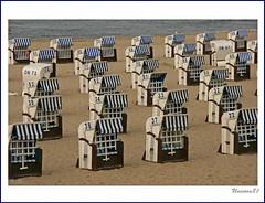 (969)....Zahlenbild......! / Strand am Abend / Beach in the evening (unicorn 81) Tags: sea beach germany landscape geotagged deutschland meer europa europe onthebeach natur balticsea colourful landschaft coloured ostsee 2009 germania strandkorb östersjön kühlungsborn mecklenburgvorpommern norddeutschland mapgermany northerngermany morzebałtyckie niemcy kuehlungsborn østersøen oostzee merbaltique ostseebadkühlungsborn γερμανία oostsee lenorddelallemagne thenorthofgermany meinjahr2009 zahjen