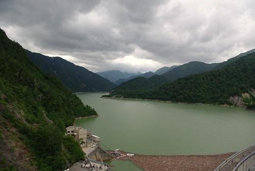展望台から見た黒部湖