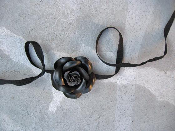 black-flower-wrist-2