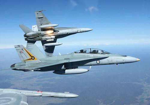 フリー画像| 航空機/飛行機| 軍用機| 戦闘機| F/A-18 ホーネット| F/A-18 Hornet|      フリー素材|