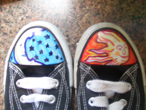 Tween Girl Sharpie Shoes