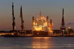 Solitaire (Reografie) Tags: ship harbour cargo cranes solitaire botlek verolme keppelverolme nibbie reografie