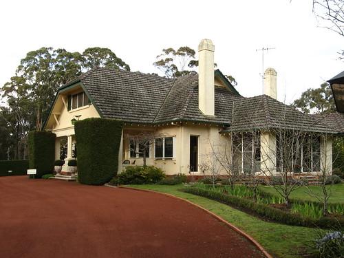 Campaspe House