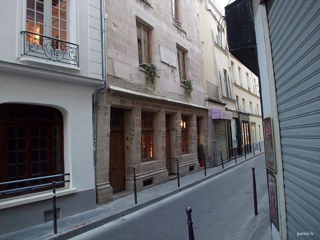 Auberge Nicolas Flamel, rue de Montmorency