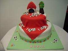bolo 101 dalmatas (Isabel Casimiro) Tags: cake christening playstation bolos bolosartisticos bolosdecorados bolopirataecupcakes bolopirata bolosdeaniversrocakedesign bolosparamenina bolosparamenino