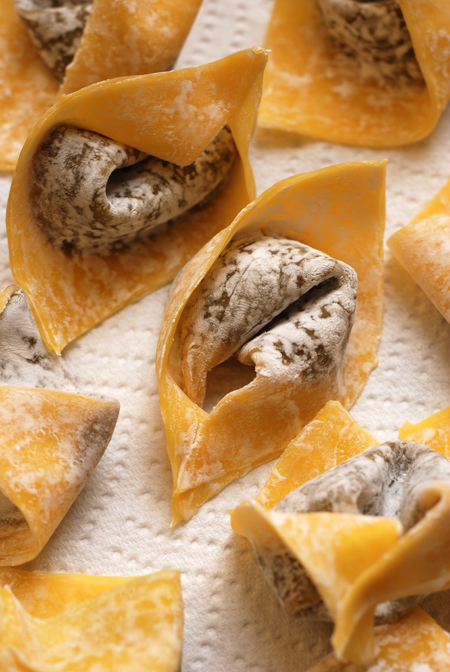 sweet azuki bean paste wontons © by Haalo