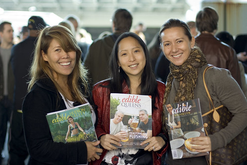 Jen, Jessica, Bianca with Edible Magazines