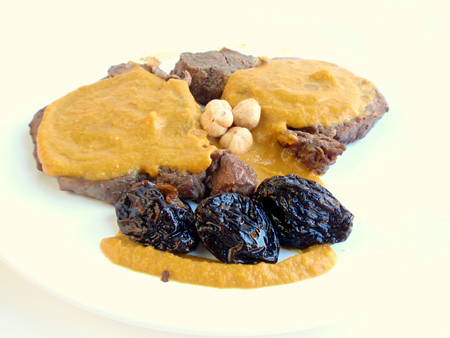 Filet Mignon au Porto with hazelnuts and prunes
